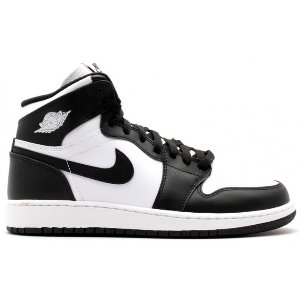 Nike Air Jordan 1 Retro High white/black (белый с черным)